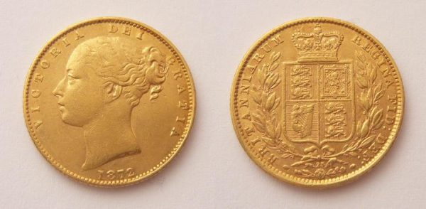 Sovereign 1872 Victoria Young Head Shield č. 25 !